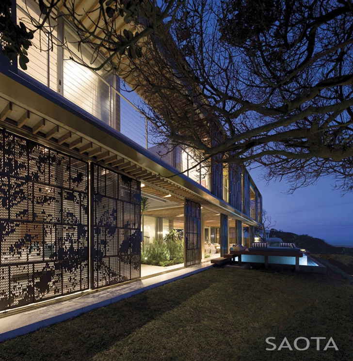 perspective view La-Lucia-Modern-African-Mansion-in-Durban-South-Africa-Designed-by-SAOTA-homesthetics