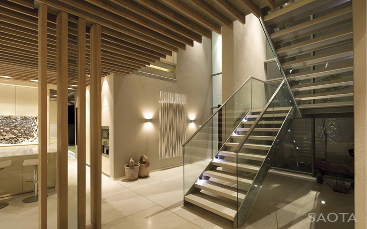 staircase within the La-Lucia-Modern-African-Mansion-in-Durban-South-Africa-Designed-by-SAOTA-homesthetics