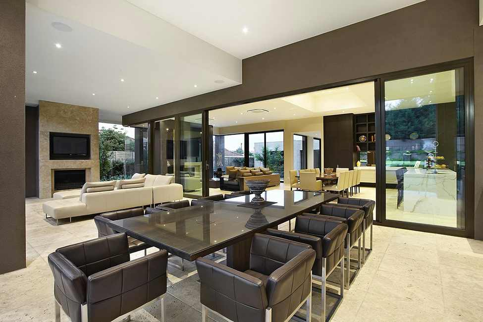 dinning area Large Luxurious Modern Mansion in Melbourne Wearing Contemporary Style