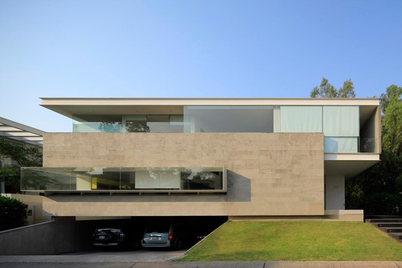 Luxurious Modern Mansion With Huge Cantilever In Contemporary Style   Godoy  House In Mexico