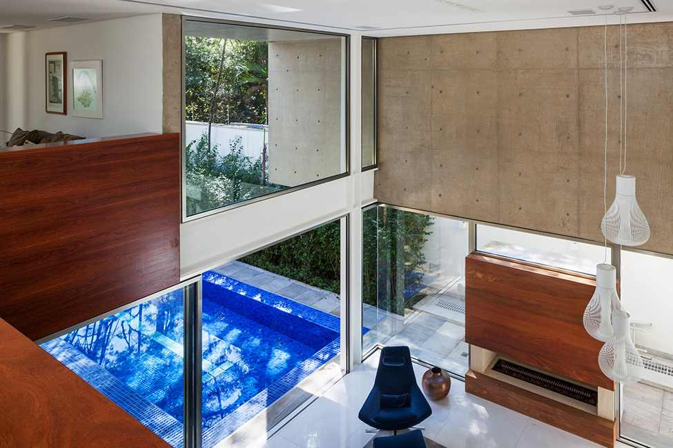 living room design in the MG-Residence-Modern-Mansion-Luxury-and-Style-Reinach-Mendonça-Arquitetos-in-São-Paulo