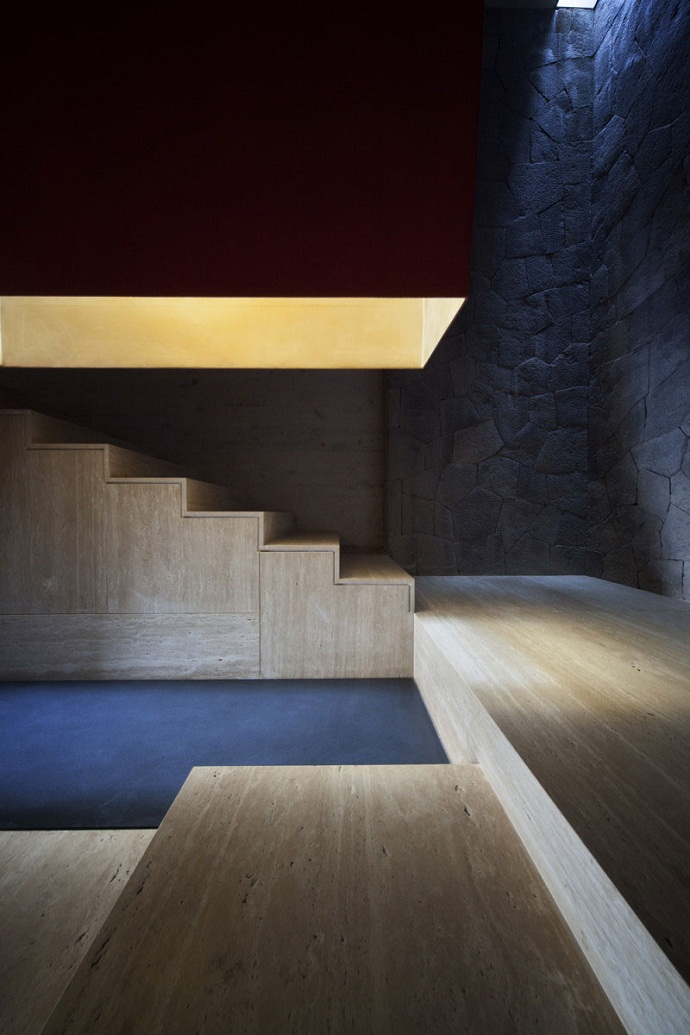 stairs in the MZ House by CHK Arquitectura-Modern Mansion in the Green Heaven