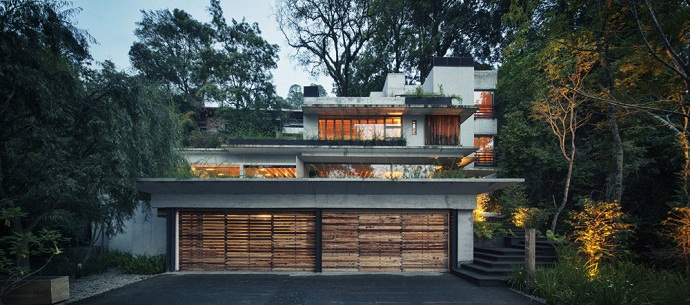 garage and car access to the MZ House by CHK Arquitectura-Modern Mansion in the Green Heaven