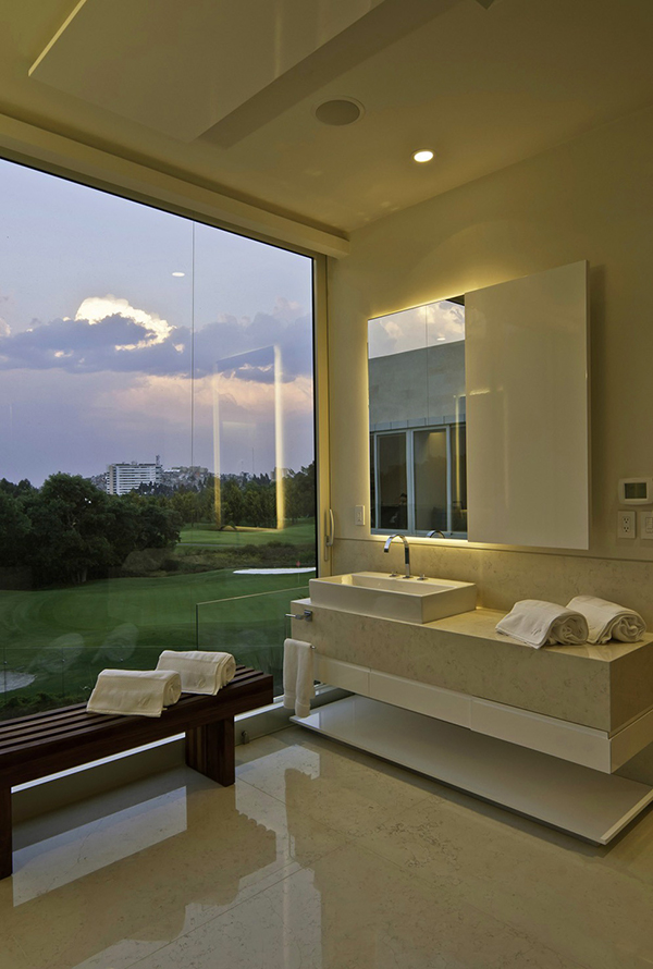 living room interior design Marble L-Shaped Modern Mansion with Amazing Backyard Landscaping homesthetics (2)