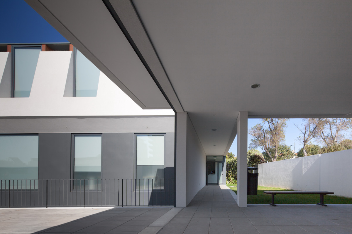 interior view Minimalist-Private-College-Designed-by-OVAL-Exudes-Contemporary-Style