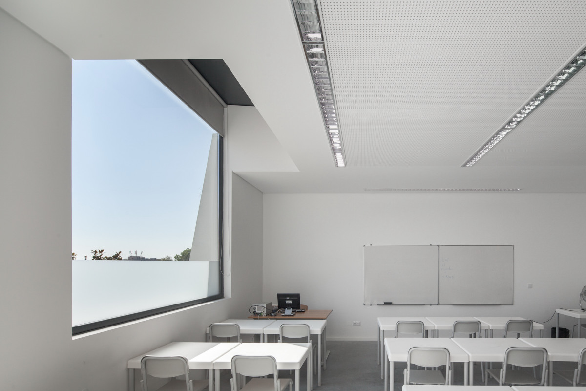 classroom design Minimalist-Private-College-Designed-by-OVAL-Exudes-Contemporary-Style