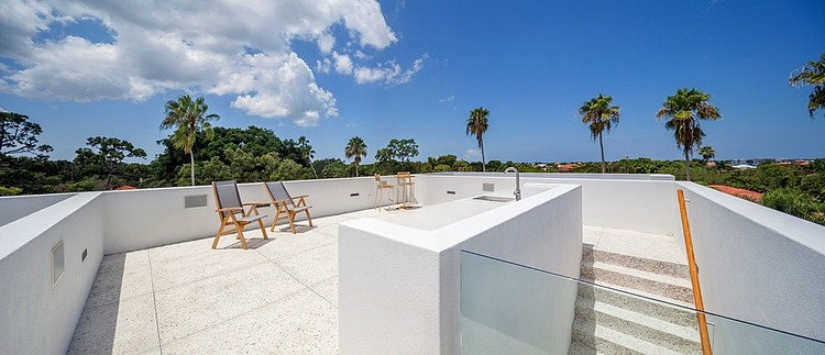 Modern-Impeccable-Dream-Florida-Mansion-by-Office-for-Architecture-modern-mansion