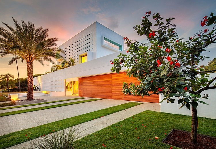 access into Modern-Impeccable-Dream-Florida-Mansion-by-Office-for-Architecture-modern-mansion