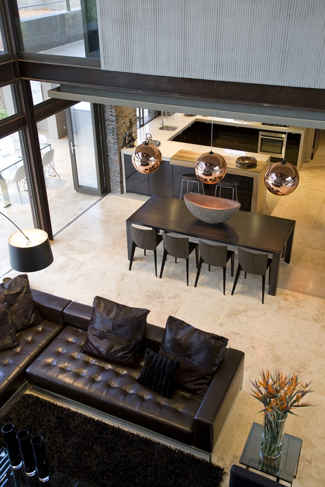 dinning area Modern Jewel Between South African Mansions - Serengeti Houseby Nico van der Meulen Architects