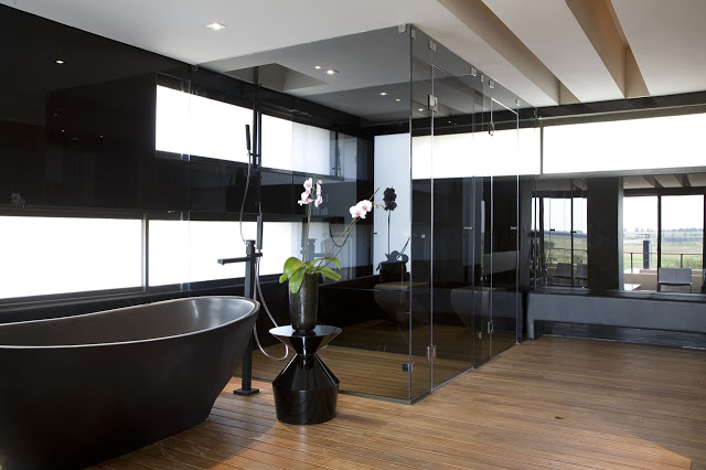 cool bathrooms interior design with shower Modern Jewel Between South African Mansions - Serengeti Houseby Nico van der Meulen Architects