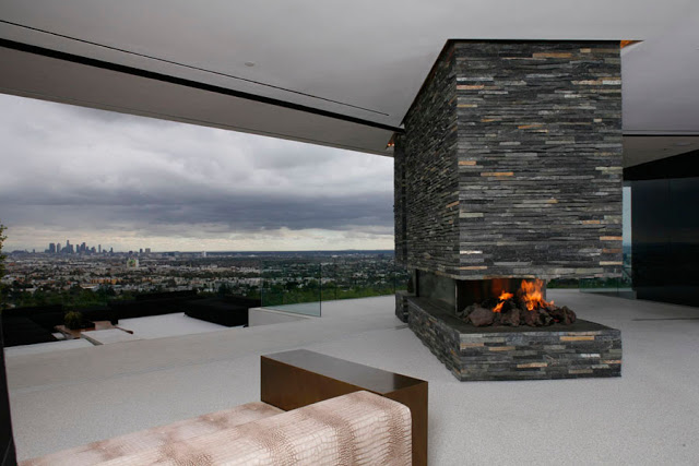 fireplace and expansive views in OpenHouse-Designed-by-XTEN-Architecture-Modern-Hollywoodian-Mansion-in-California-homesthetics