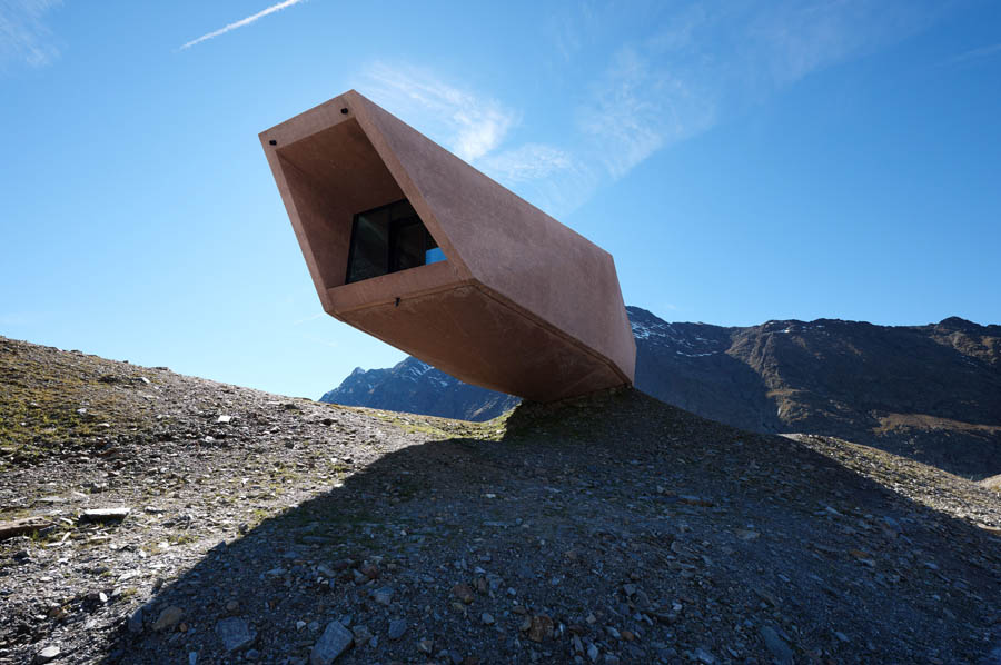 Pass Museum in Tyrol:Tribute Sculpture by Werner Tscholl Architects summer time