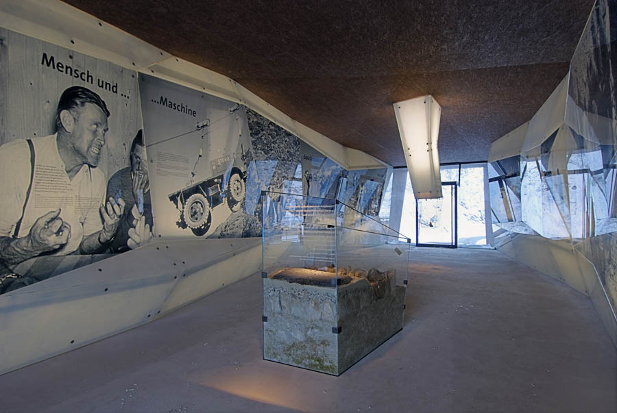 Pass Museum in Tyrol:Tribute Sculpture by Werner Tscholl Architects memorial