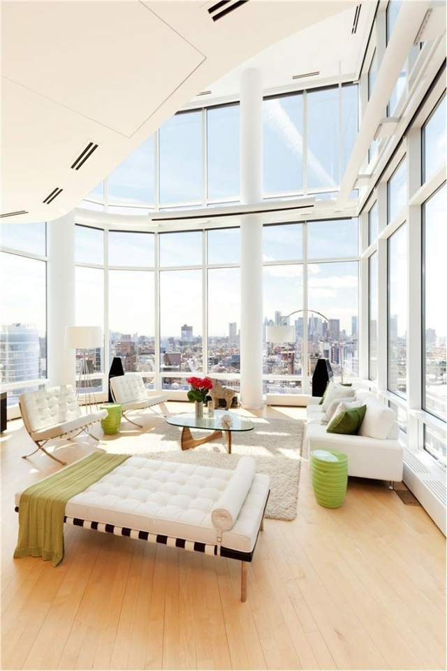 white stark living room design in the Sculpture-For-Living-Duplex-Penthouse-Located-in-Astor-Place-New-York-homesthetics-modern-mansion