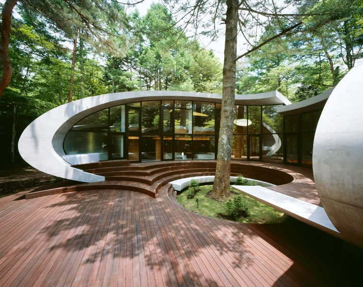Shell House in Karuizawa by Kotaro Ide, Organic Home in the Forest