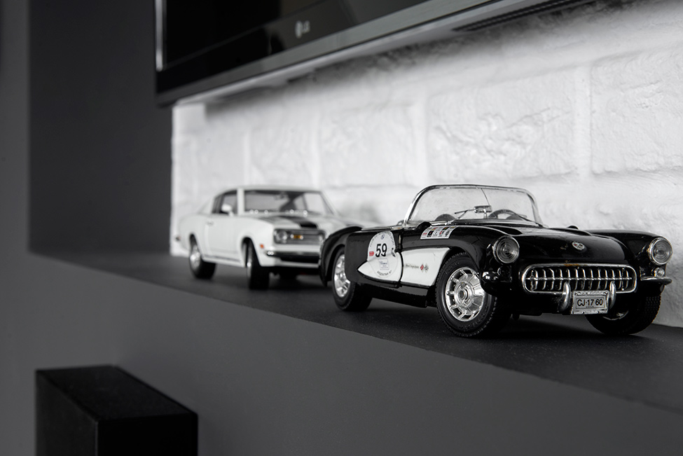 Small Bachelor Pad Idea Designed in a Modern-Retro Style car collection