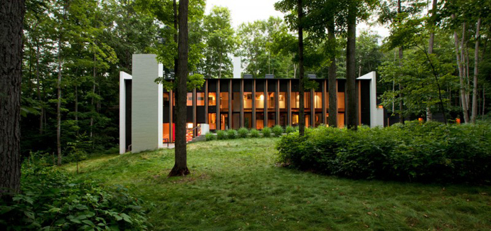 small Small Modern Mansions in The Forest - Yingst Retreat by Salmela Architect