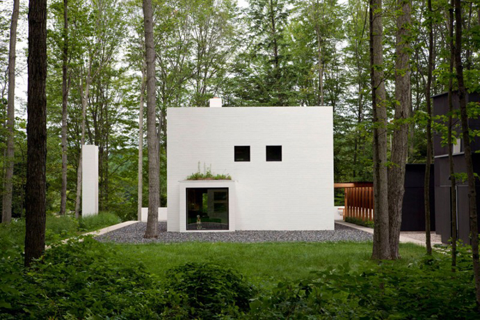 Small modern mansions in the forest yingst retreat by for Salmela architect
