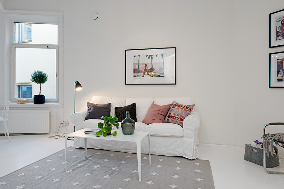 small living knockSmall Single Room Apartment in Black and White - Gothenburg, Sweden