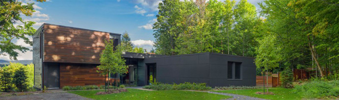 exterior view T House-Modern Mansion by Natalie Dionne Architecture in Sutton, Canada