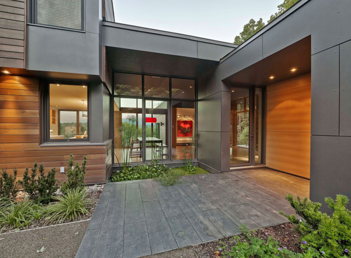 T House-Modern Mansion by Natalie Dionne Architecture in Sutton, Canada