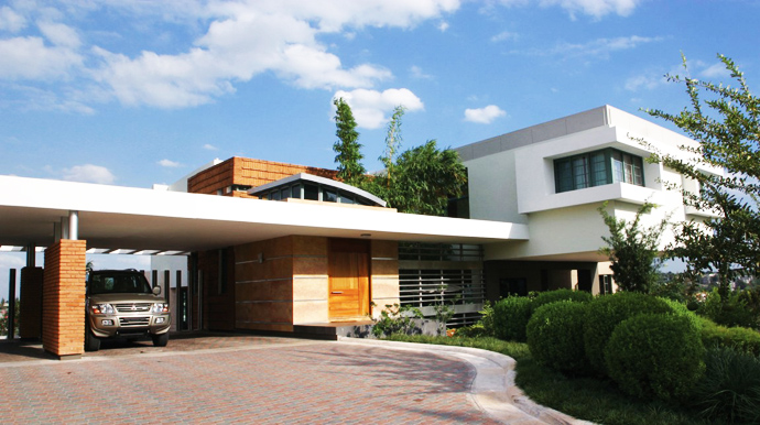 Unusual Modern Mansion-Tingo and Fenny House by Pons Arquitectos in Santo Domingo homesthetics (3)