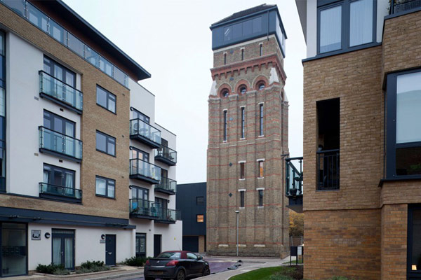 Venetian-Gothic Water Tower in London Featuring Luxurious Interior Design Homesthetics