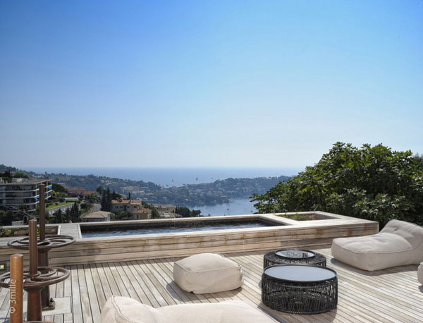 view from the Water Cleaning Station Transformed in a Impecable Modern Mansion homesthetics (1)