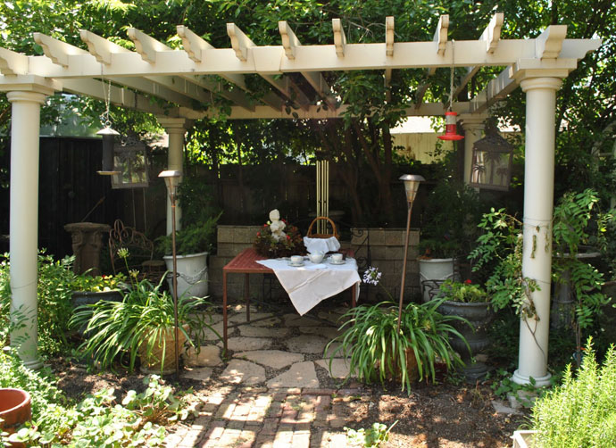 quiet simple 40+ Pergola Designs Meant to Transform Your Backyard Landscaping Into a Green Heaven