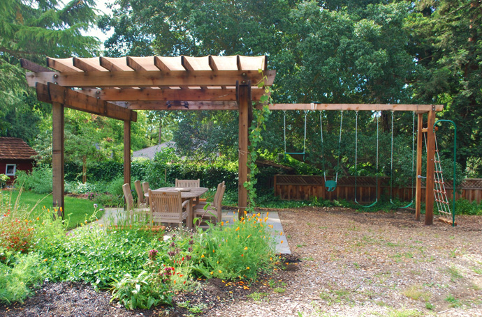 simple calm 40+ Pergola Designs Meant to Transform Your Backyard Landscaping Into a Green Heaven