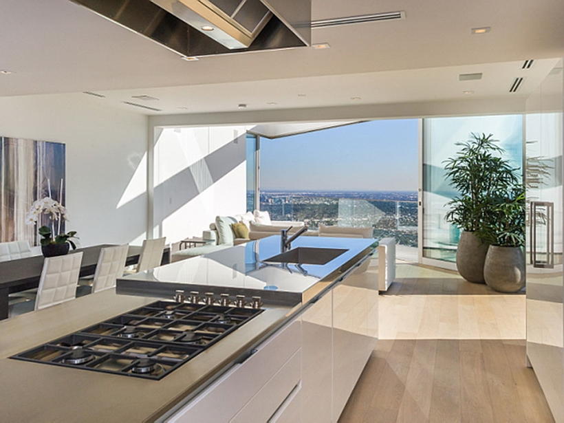 8320 Grand View Drive Modern Mansion On Sunset Strip Offering Expansive Views Over Los Angeles