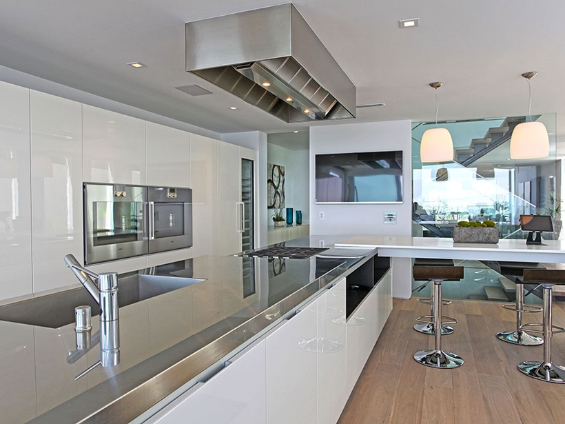 8320 Grand View Drive Modern Mansion On Sunset Strip