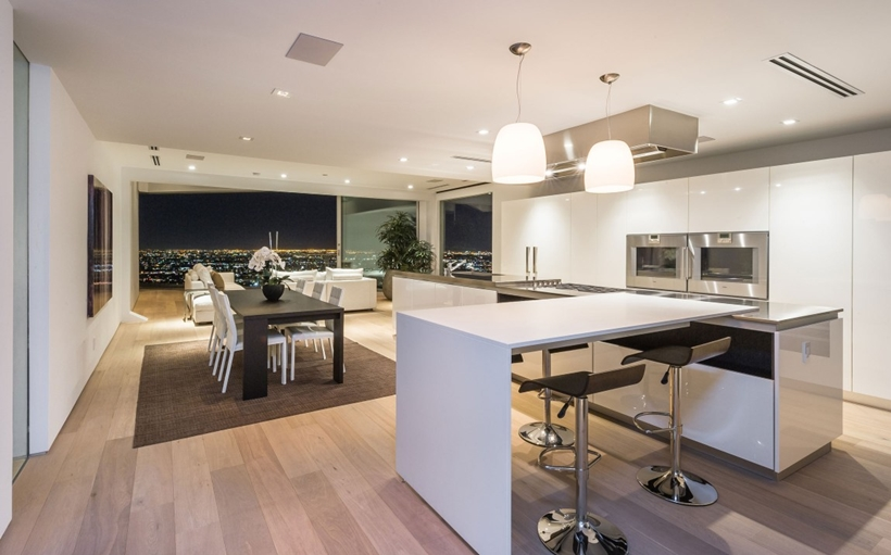 modern bar 8320-Grand-View-Drive-Modern-Mansion-on-Sunset-Strip-Offering-Expansive-Views-over-Los-Angeles-homesthetics