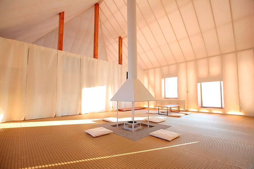 warm interior in In Pursuit of Sustainable Architecture-Experimental House by Kengo Kuma in Memu, Kokkaido Homesthetics