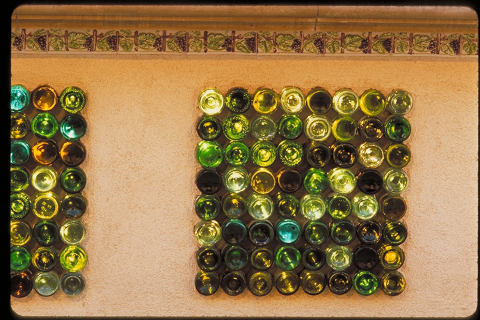 27 Ideas Of How To Recycle Wine Bottles Into Pieces Of Art