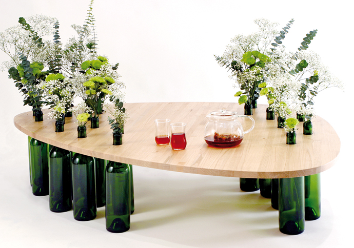 wine bottle art 20 Creative & Inspiring Ideas of How to Recycle Wine Bottles Into Pieces of coffee table