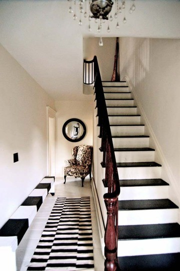 10 Creative & Inspiring Traditional Black And White Hallway Designs