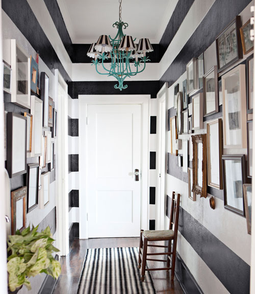stripped 10 Creative & Inspiring Traditional Black And White Hallway Designs