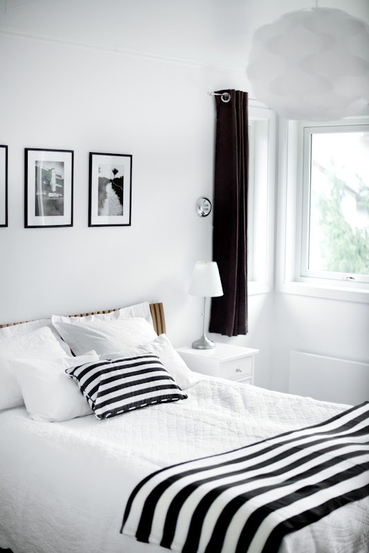 19 creative inspiring traditional black and white 19810 | 19 creative inspiring traditional black and white bedroom designs small bedroom homesthetics 6
