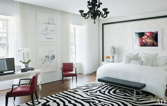 white simple 19-Creative-Inspiring-Traditional-Black-And-White-Bedroom-Designs-small-bedroom-homesthetics