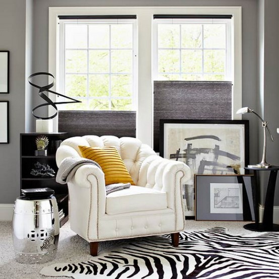 white and black 21 Creative&Inspiring Black And White Traditional Living Room Designs