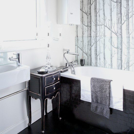 classic CreativeInspiring-Cool-Traditional-Black-And-White-Bathrooms-Designs-cool-bathrooms-homesthetics