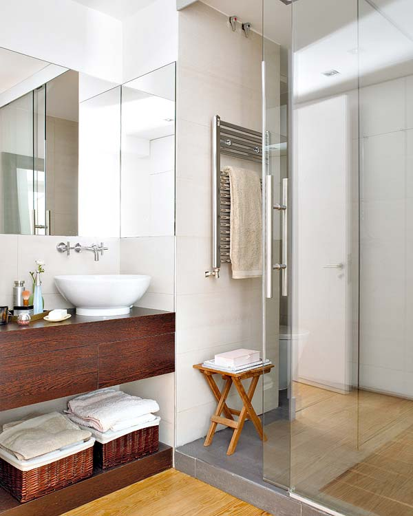white simple bathroom Small-Space-Design-Tips-Pack-Meant-to-Help-You-Enlarge-Your-Small-Interior-Design-homesthetics-studio