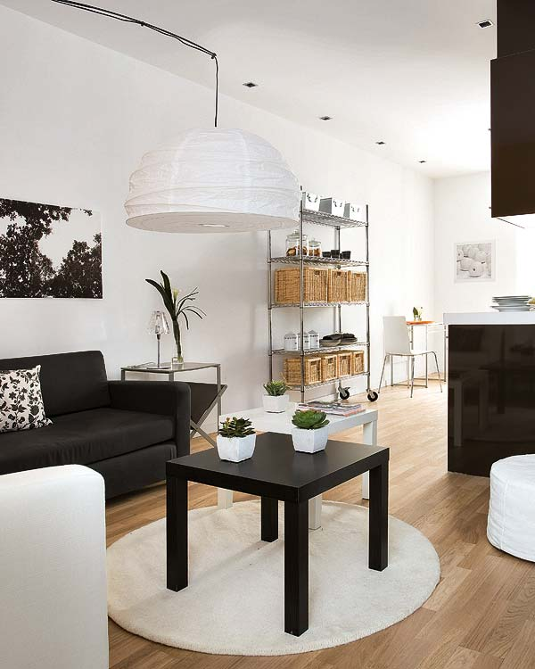 black and white living room interior design Small-Space-Design-Tips-Pack