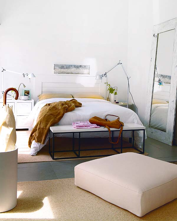 10 Tips On Small Bedroom Interior Design: 25- Small Space Designs Tips Meant To Help You Enlarge
