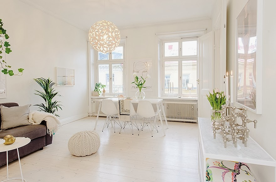view towards the dinning area and windows 52-Square-Meters-of-White-Small-Delicate-Impeccable-Apartmen