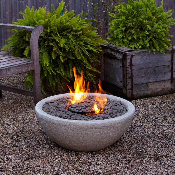 bowl like fire pit in Backyard Landscaing Ideas-Attractive Fire Pit Designs Homesthetics