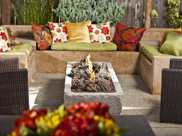 rectangular stone fire pit design in Backyard Landscaing Ideas-Attractive Fire Pit Designs Homesthetics