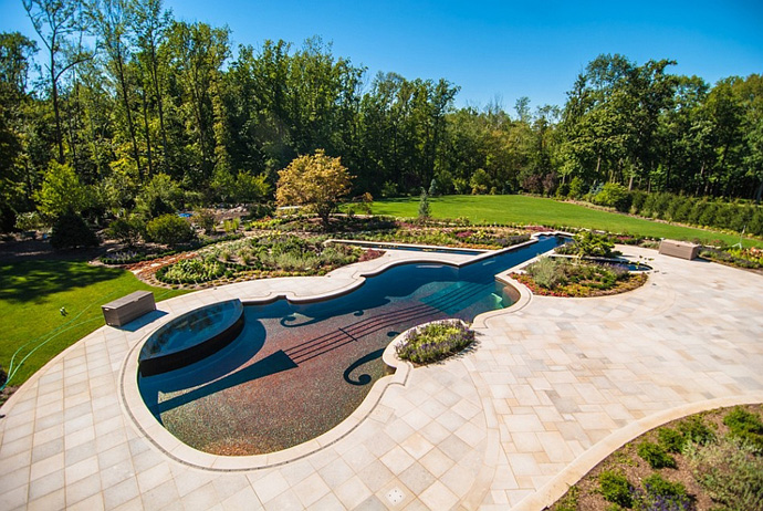 supreme Backyard-Landscaping-Ideas-Swimming-Pool-Forged-as-a-Stradivarius-Violin