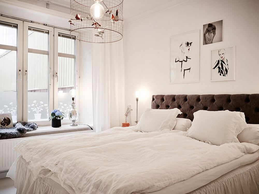 small bedroom interior design Black-and-White-Swedish-Apartment-Emphasizing-Small-Spaces-with-Elegance-with-Nobility-